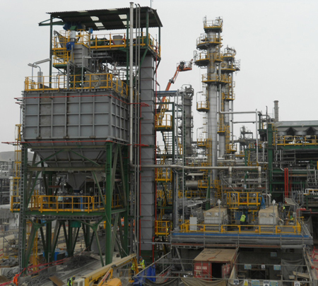 Handling and storage system of solid sulfur in Pampilla refinery.