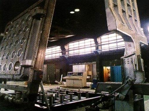 Colada vertical de tochos de aluminio, Sabiñánigo (Huesca) España