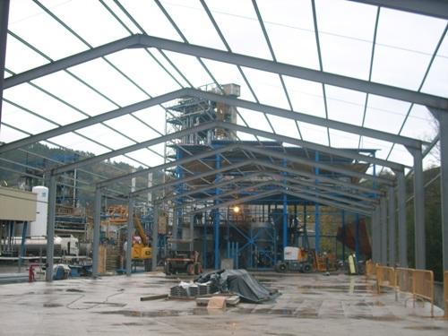 Reconstrucción nave de escamado y almacén y montaje nueva planta de naftalina