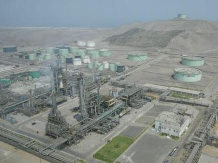 Adaptation aux nouvelles spécifications des carburants. Bloc d´essences.